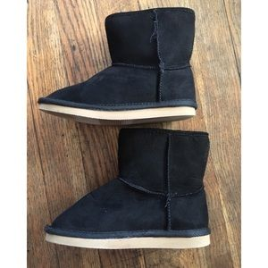Girl black boots
